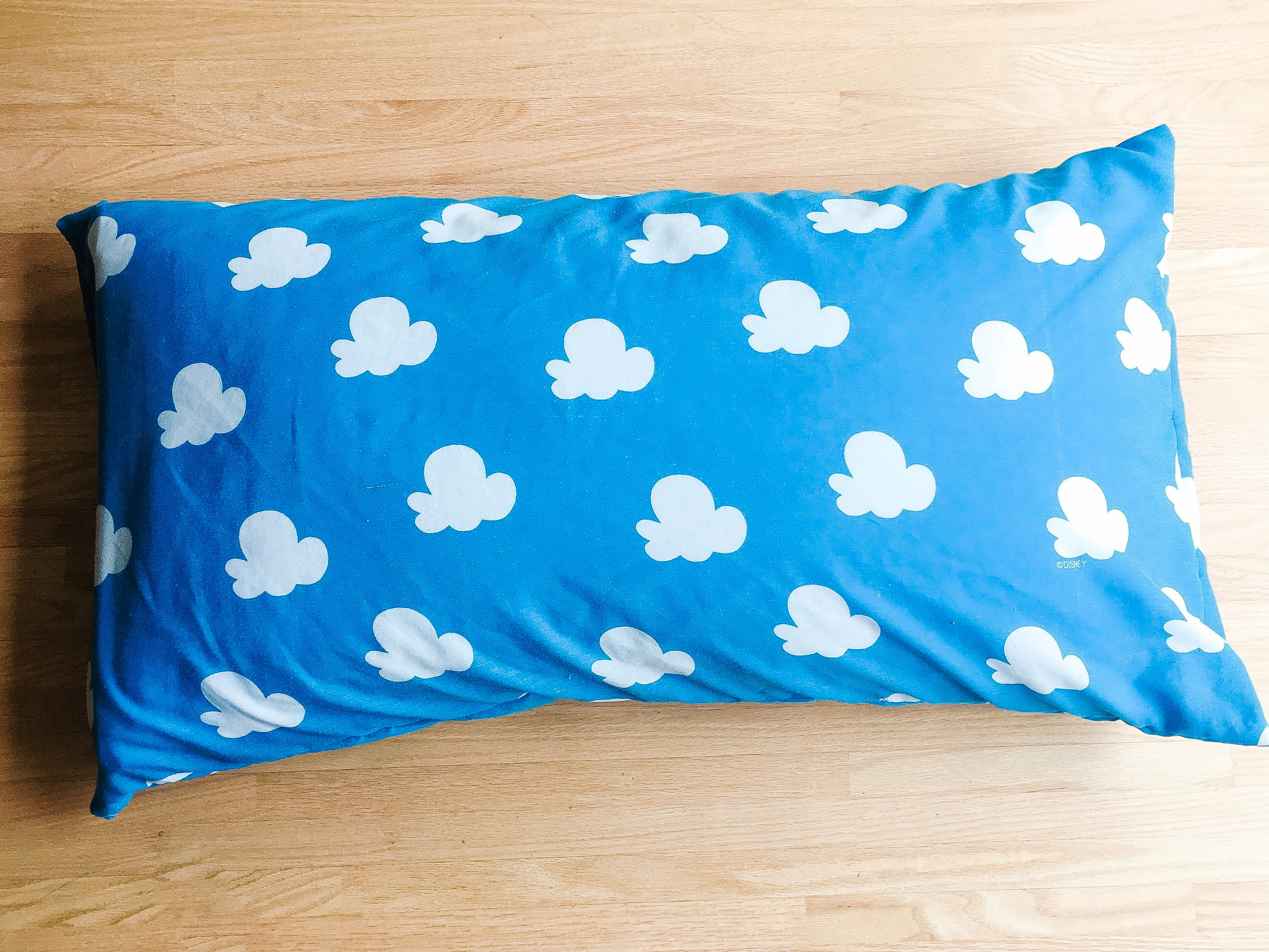 How To Sew An Easy Envelope Pillowcase Out Of Old Sheets Making Things Is Awesome
